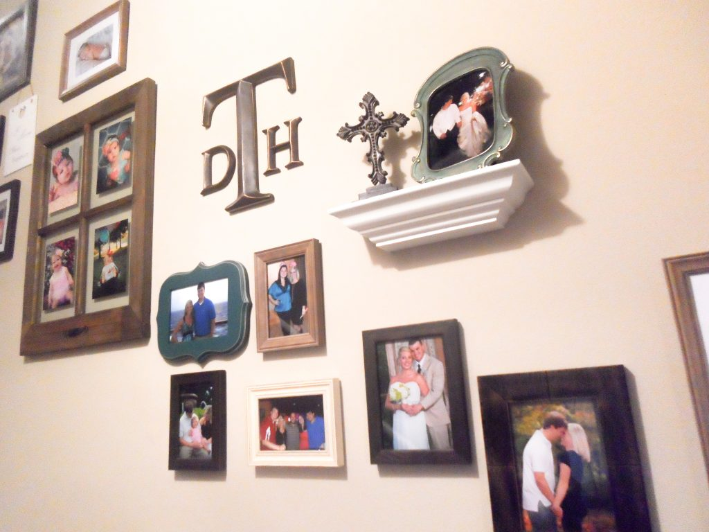 How to create a photo gallery wall on staircase
