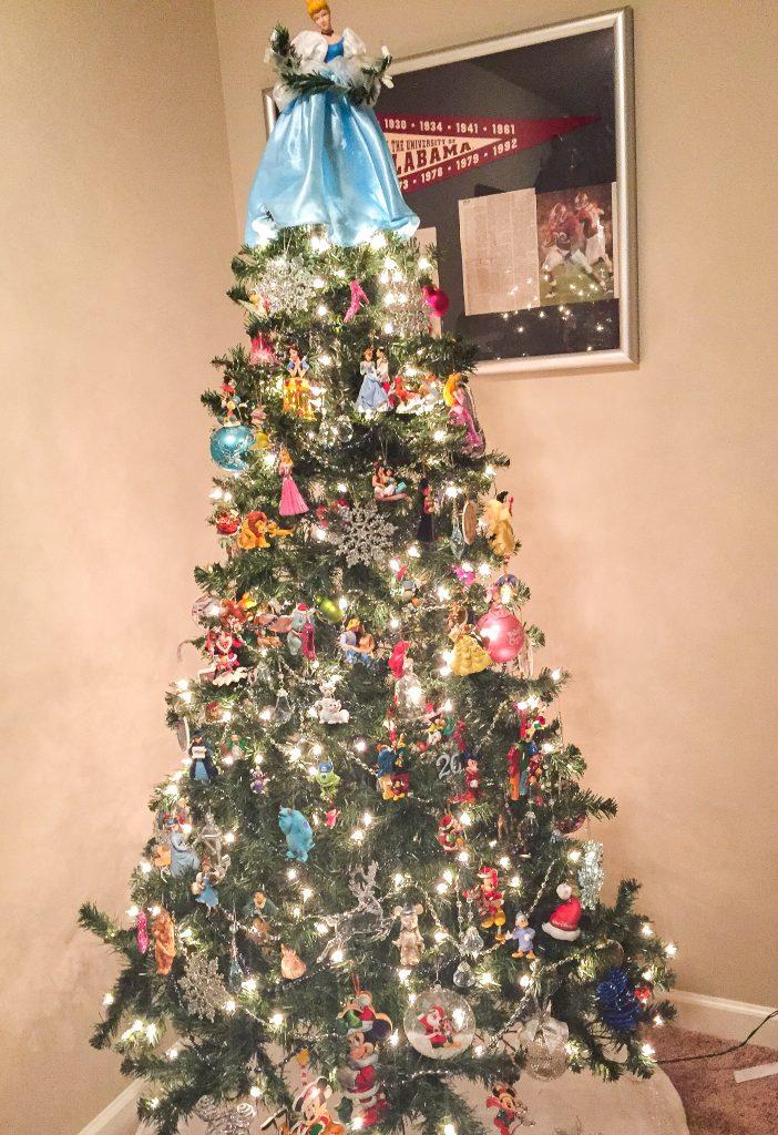 Disney Christmas tree. Disney Christmas decorations