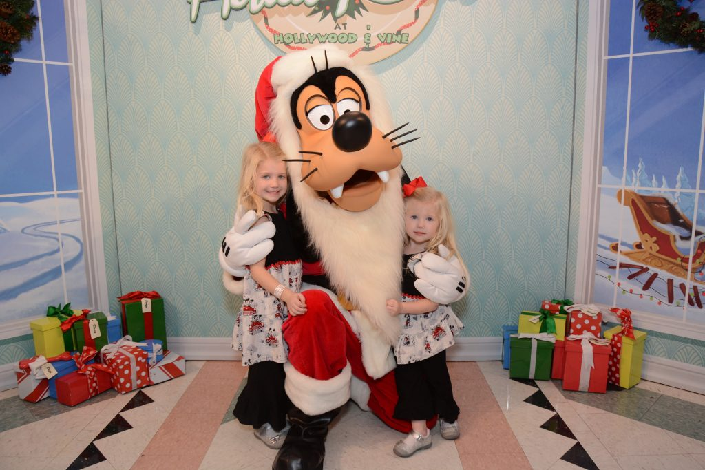 Disney's Hollywood Studios. How to spend a day at Disney's Hollywood Studios. Travel tips for Disney's Hollywood Studios - rides, food, attractions, entertainment. Traveling to Walt Disney World