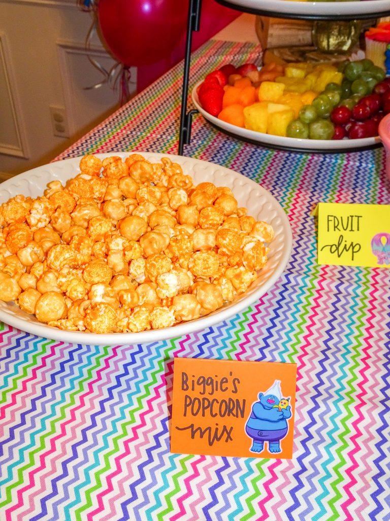 Trolls birthday party decorations. Trolls birthday party ideas. Trolls birthday party food ideas. Trolls birthday party menu. Trolls birthday party food table. Trolls birthday party food table backdrop.