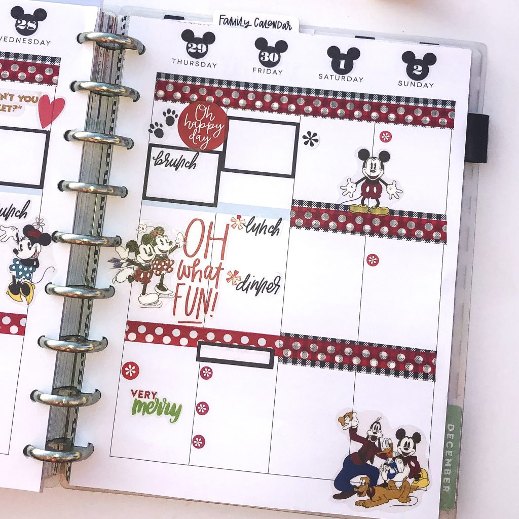 Happy Planner spreads for the month of December. Monthly Happy Planner layout. Vertical weekly Happy Planner layout. Red and black Mickey Mouse Happy Planner spread. Disney Happy Planner Spread