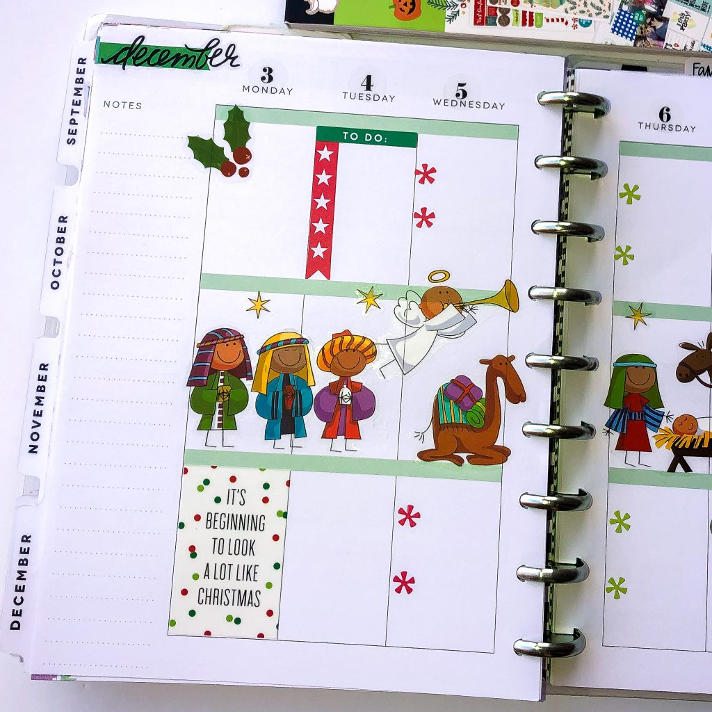 Happy Planner spreads for the month of December. Monthly Happy Planner layout. Vertical Weekly Happy Planner layout. Christmas Happy Planner Spread