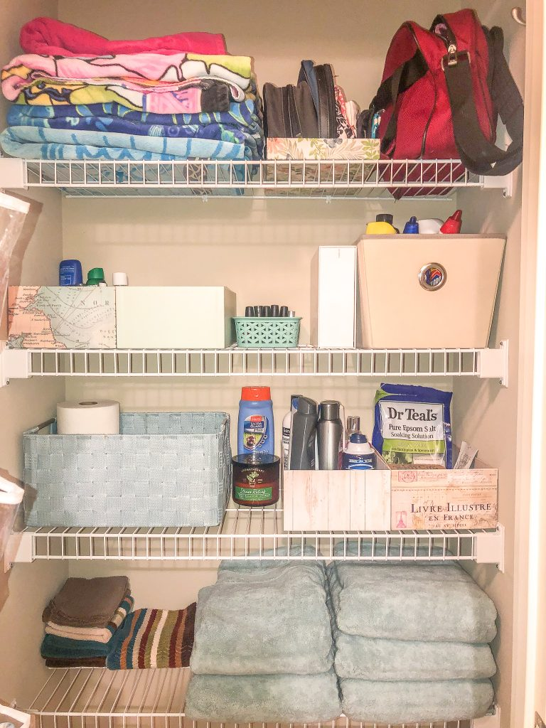 KonMari Method of organizing your bathroom in the komono category. Tidying up your bathroom cabinet and bathroom closet using the KonMari Method. Declutter your bathroom