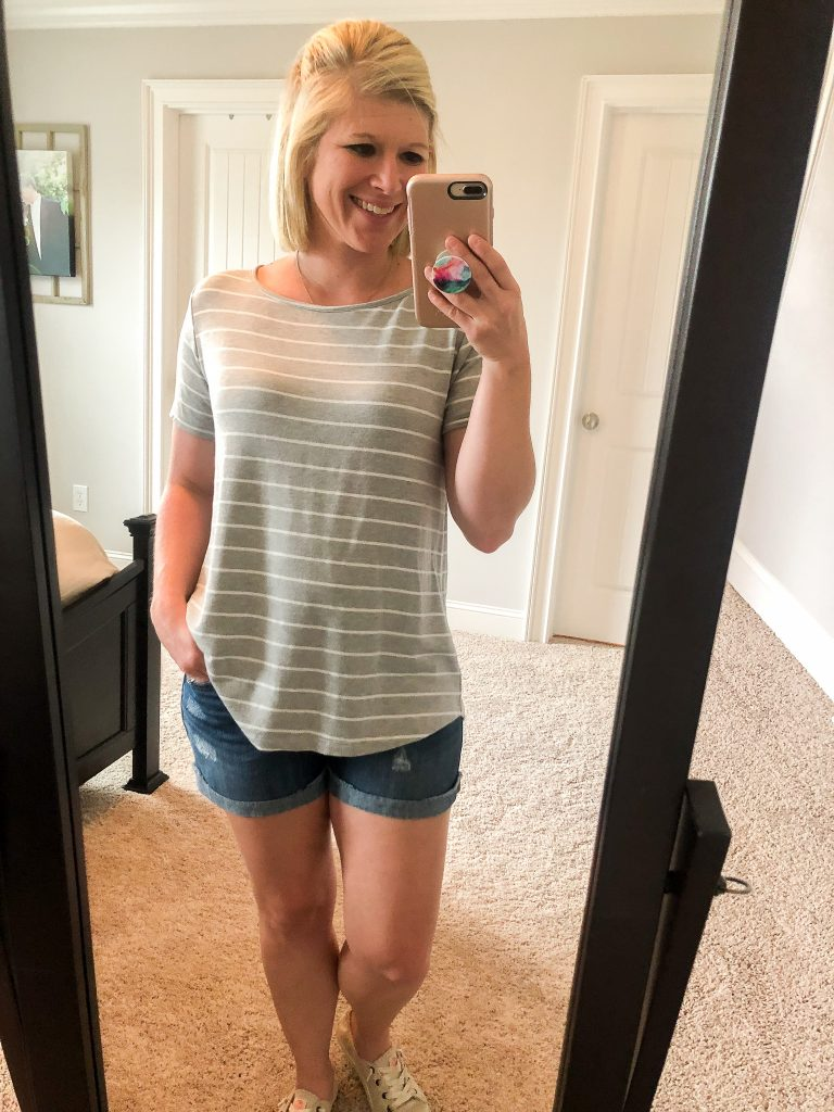 Stitch Fix review. Get $25 off your first Stitch Fix order when you sign up