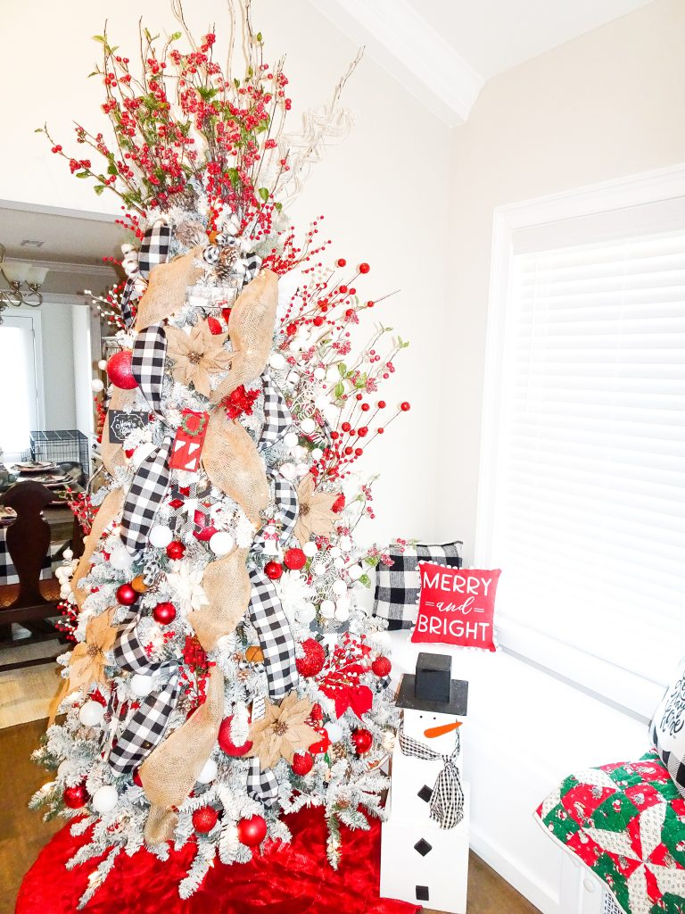 Farmhouse Christmas decor. Buffalo plaid and red Christmas decor. Farmhouse Christmas home tour 2019. Rustic Christmas decor. Buffalo plaid Christmas tree. Buffalo check Christmas tree