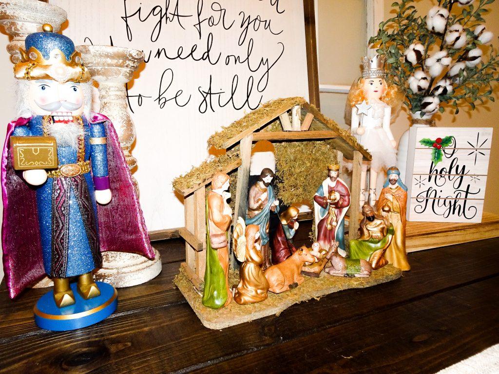 Farmhouse Christmas decor. Buffalo plaid and red Christmas decor. Farmhouse Christmas home tour 2019. Rustic Christmas decor. Nativity scene
