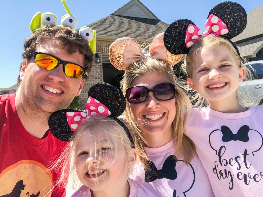How to have a family Disney Day at home. How to create a family Disney day. Bring Disney World to your home.