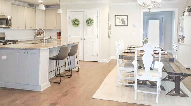 Farmhouse Kitchen and Dining Room