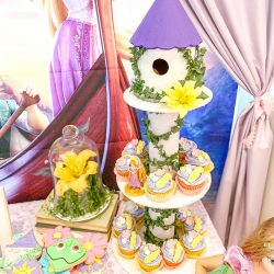 DIY Rapunzel Cupcake Tower