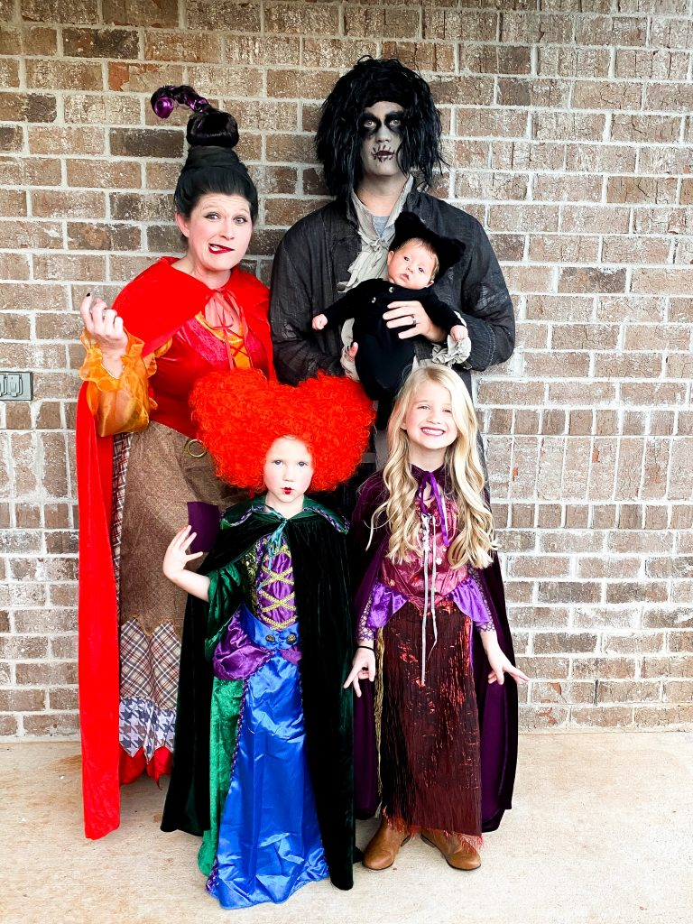 Hocus Pocus Halloween costumes. Sanderson sisters Halloween costumes. Hocus Pocus family costumes. Sanderson sisters family costumes. Sanderson sisters and Billy Butcherson costumes