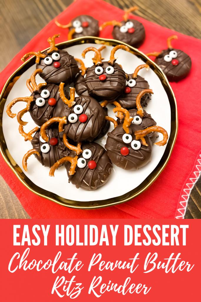 Chocolate peanut butter Ritz reindeer. Reindeer treats. Reindeer Christmas treats. Christmas candy. Christmas sweets recipe. Chocolate dipped peanut butter Ritz crackers.